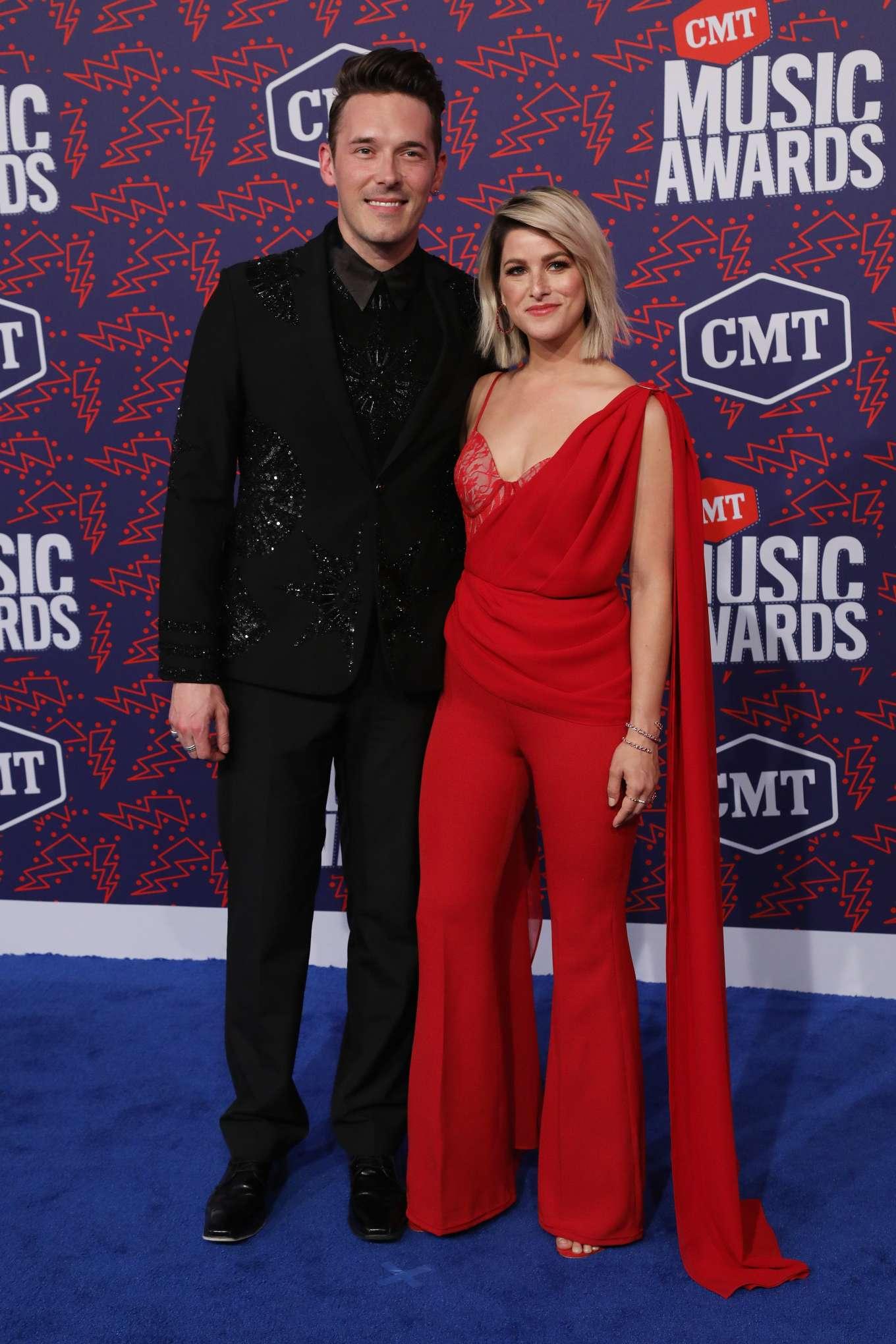Cassadee Pope 2019 : Cassadee Pope: 2019 CMT Music Awards-34