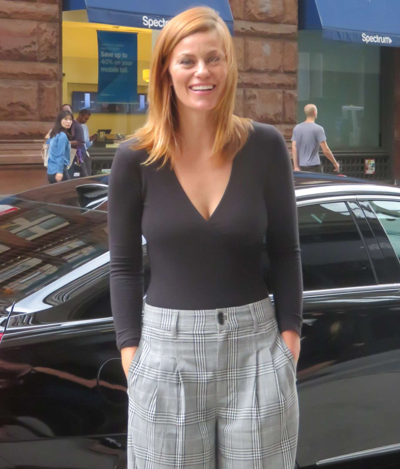 Cassidy Freeman 2019 : Cassidy Freeman – Arriving at Build Studios-03