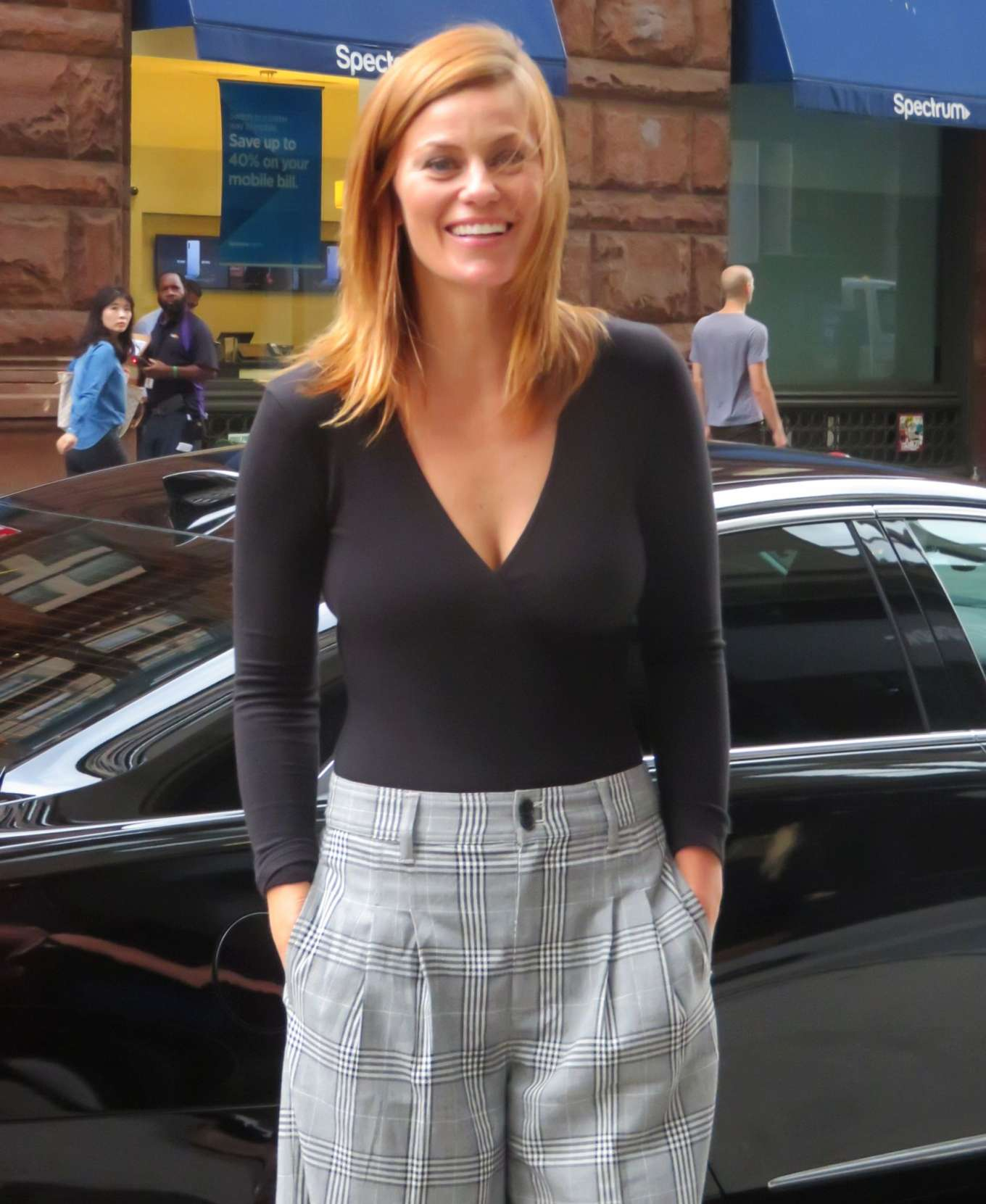 Cassidy Freeman 2019 : Cassidy Freeman – Arriving at Build Studios-09