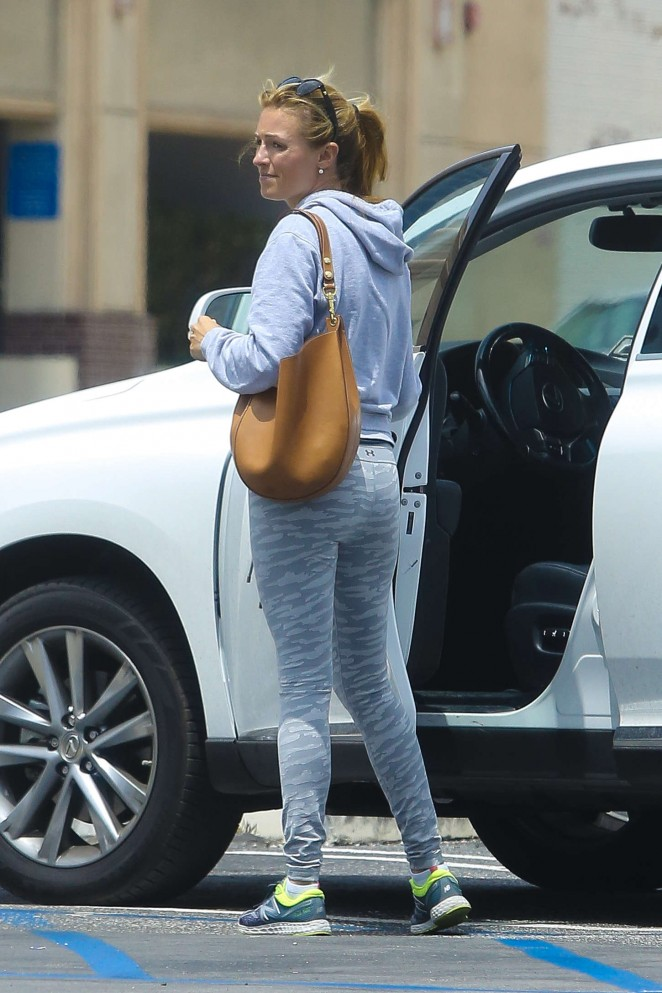 Cat Deeley - Going to the gym in Beverly Hills