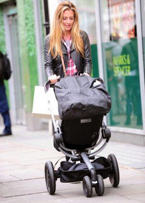 Cat Deeley Shopping in London