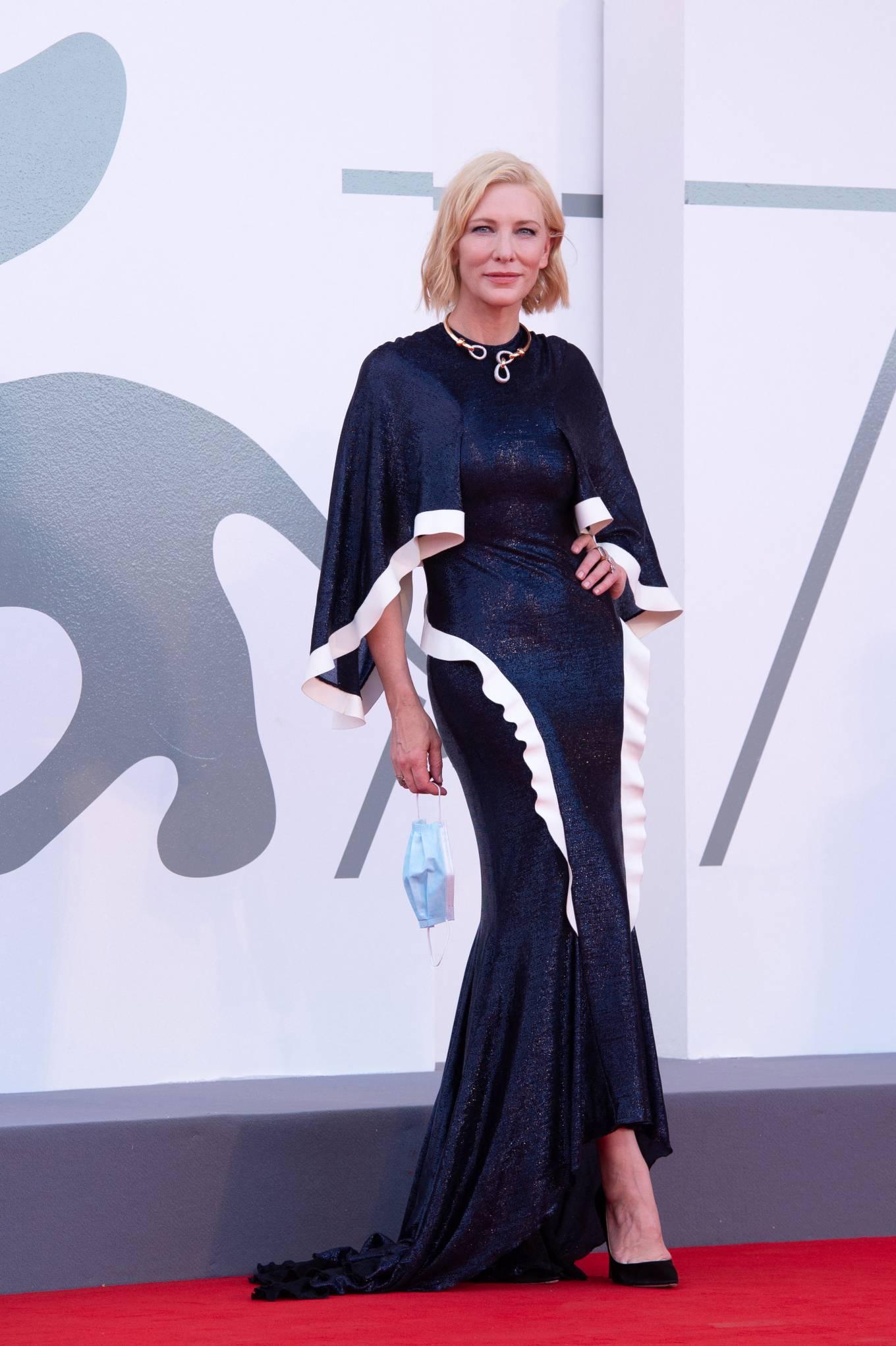 Cate Blanchett 2020 : Cate Blanchett attending Opening Ceremony at 2020 Venice International Film Festival – Italy-01
