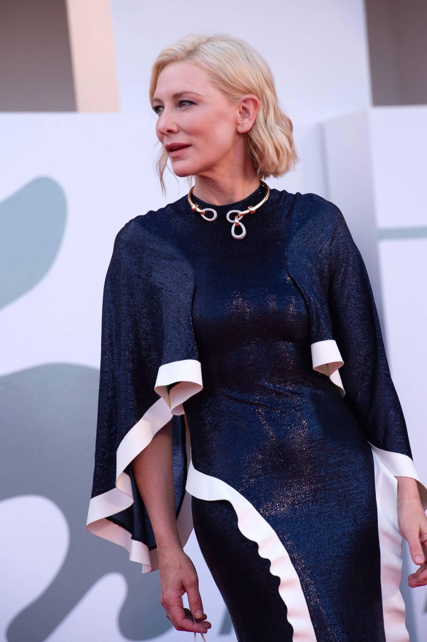 Cate Blanchett 2020 : Cate Blanchett attending Opening Ceremony at 2020 Venice International Film Festival – Italy-07