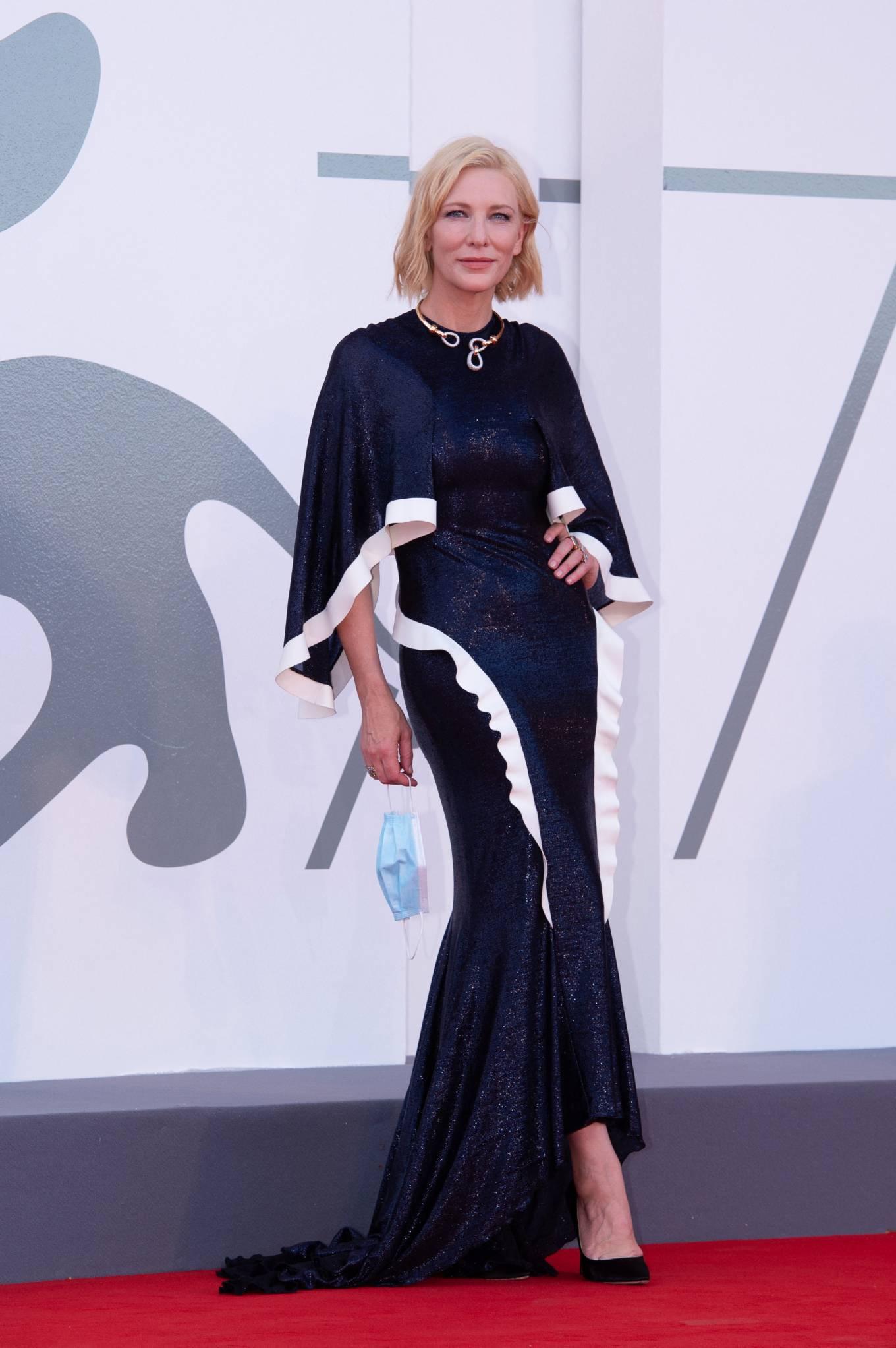Cate Blanchett 2020 : Cate Blanchett attending Opening Ceremony at 2020 Venice International Film Festival – Italy-10
