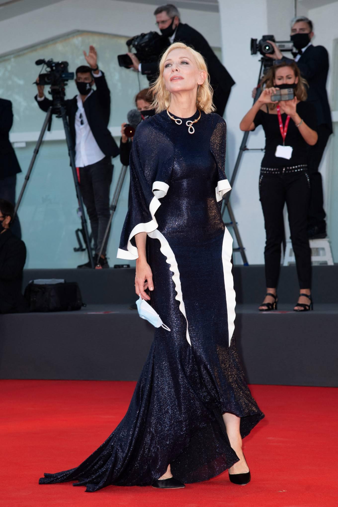 Cate Blanchett 2020 : Cate Blanchett attending Opening Ceremony at 2020 Venice International Film Festival – Italy-16