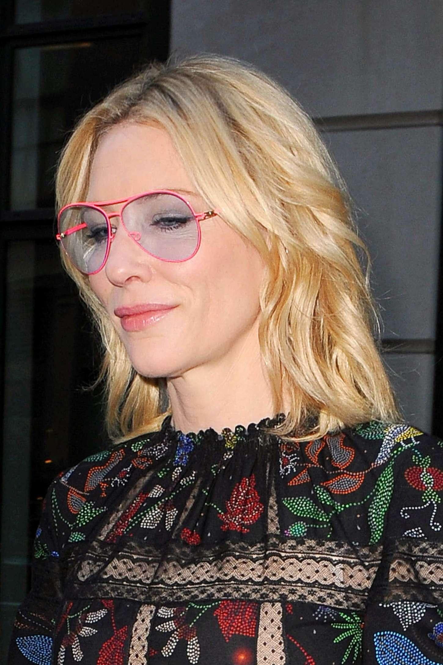 Cate Blanchett 2015 : Cate Blanchett: Leaves her Soho Hotel -02