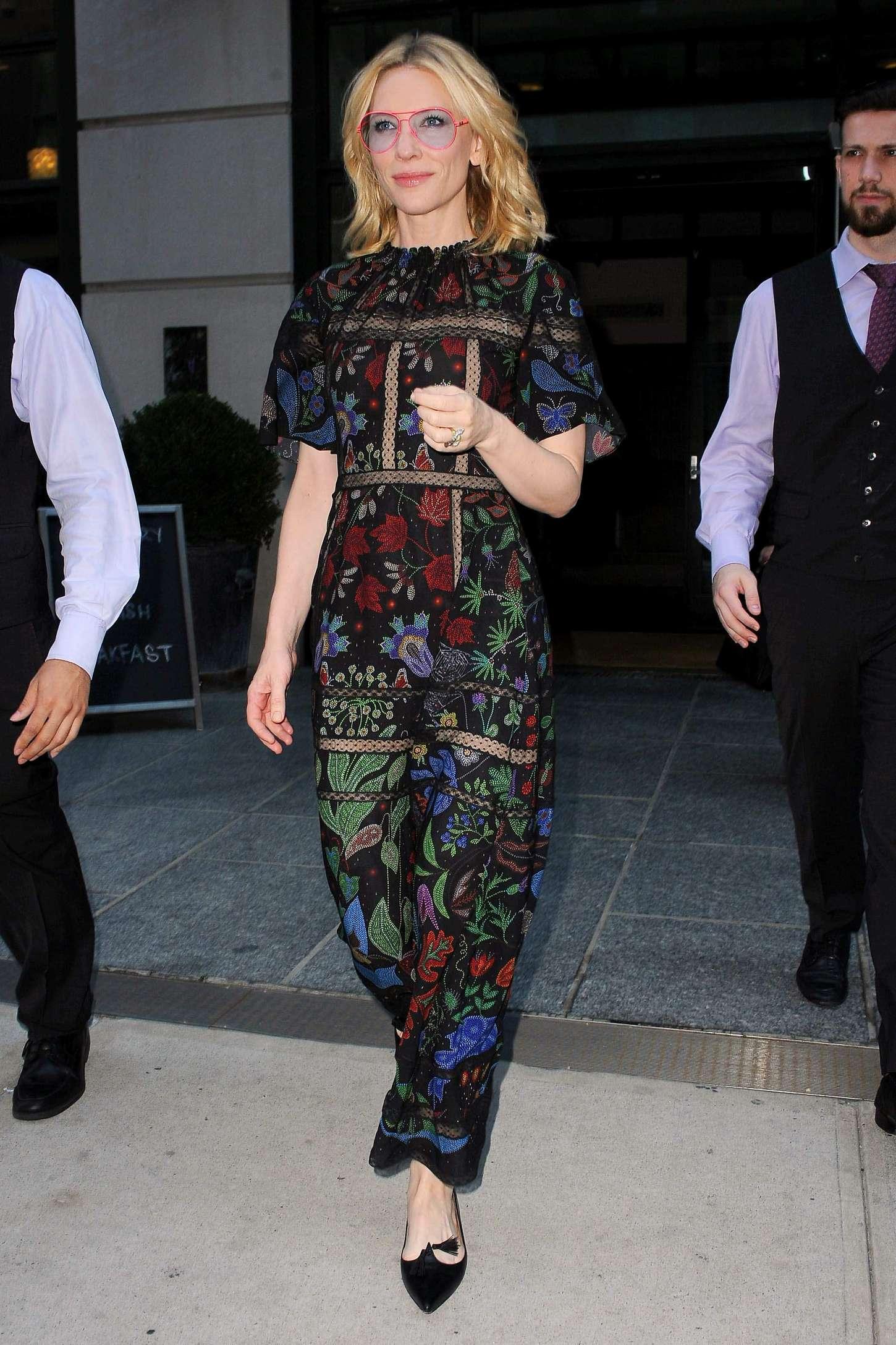 Cate Blanchett 2015 : Cate Blanchett: Leaves her Soho Hotel -06