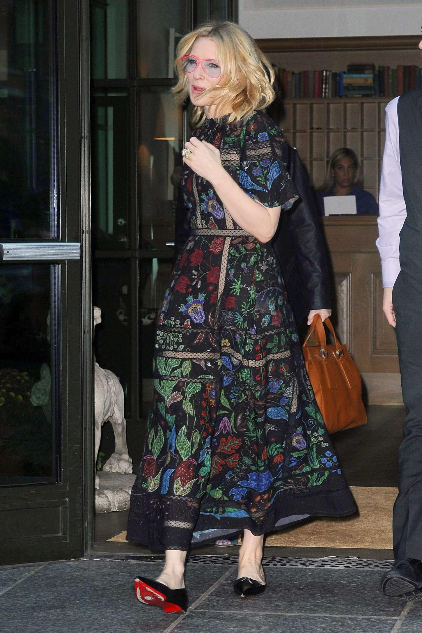 Cate Blanchett 2015 : Cate Blanchett: Leaves her Soho Hotel -11