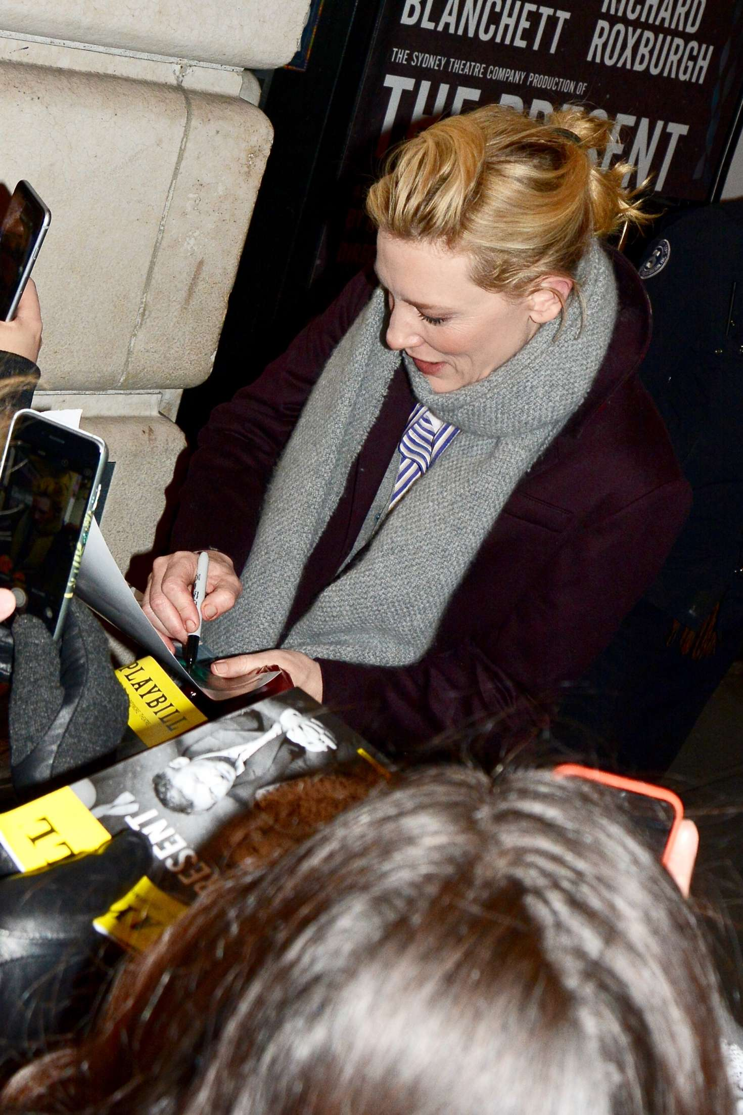 Cate Blanchett 2017 : Cate Blanchett: Meets fans after her broadway performance -08