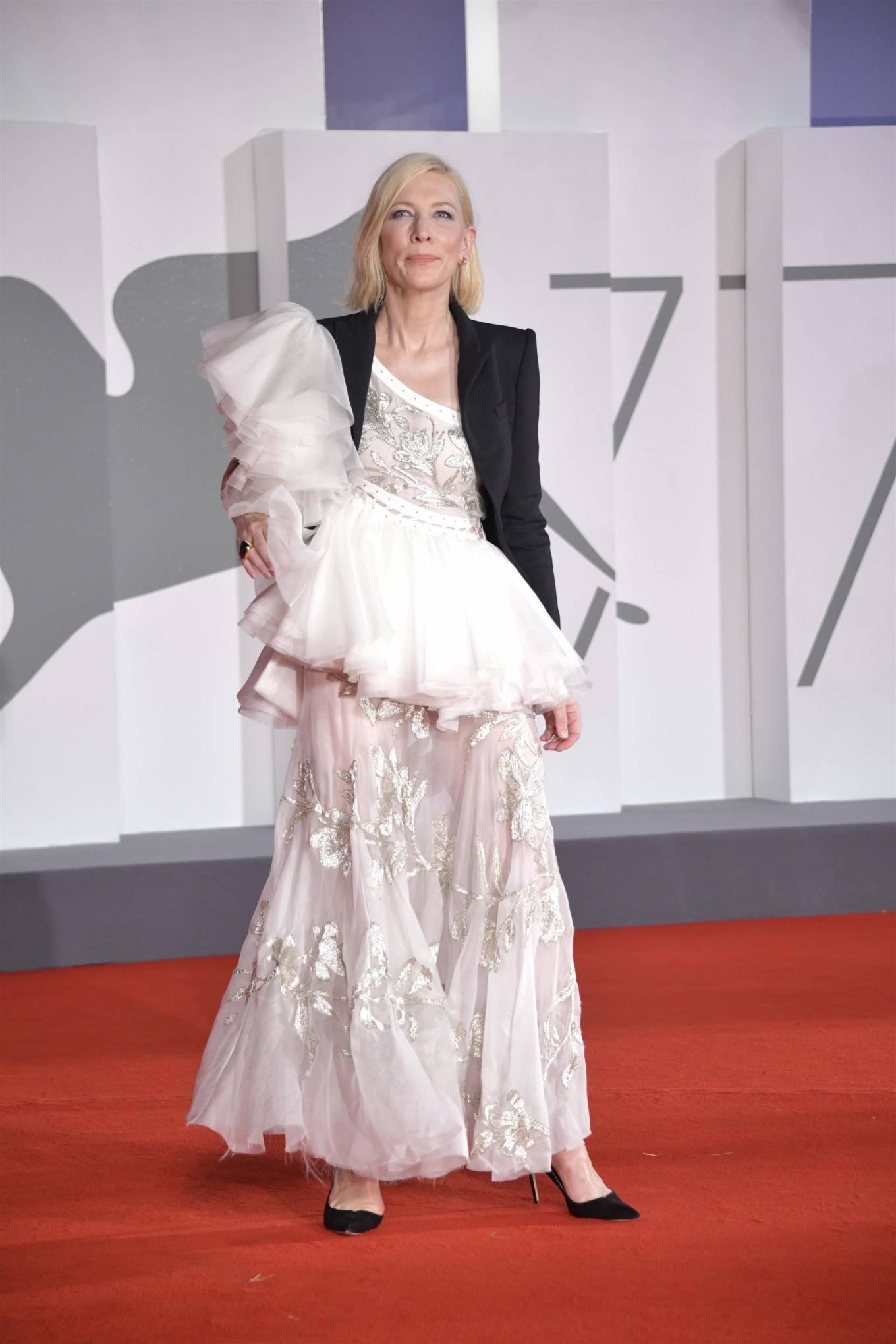 Cate Blanchett 2020 : Cate Blanchett – Red Carpet for the Golden Lion Award for Lifetime Achievement Ceremony to Ann Hui -05