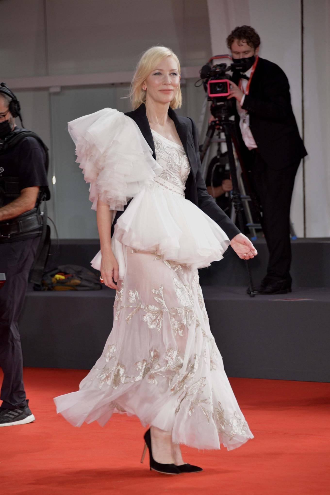 Cate Blanchett 2020 : Cate Blanchett – Red Carpet for the Golden Lion Award for Lifetime Achievement Ceremony to Ann Hui -12