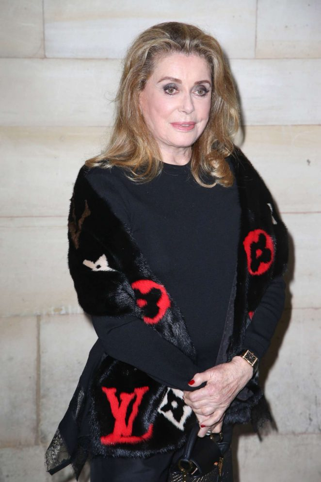 Catherine Deneuve - Louis Vuitton Fashion Show in Paris