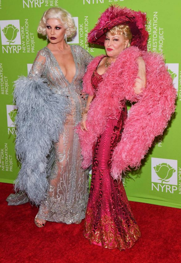 Catherine Zeta-Jones - Bette Midler's Annual Hulaween Benefit 2019 In New York