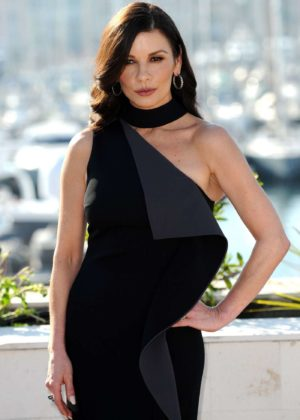 Catherine Zeta-Jones - 'Cocaine Godmother' Photocall in Cannes
