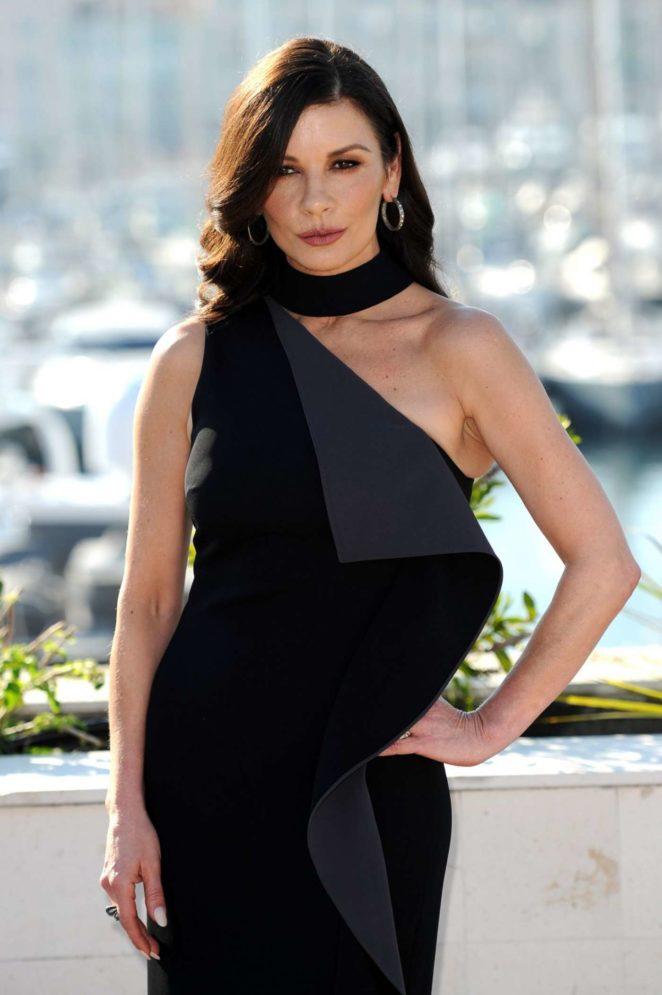 Catherine Zeta-Jones - 'Cocaine Godmother' Photocall in Cannes