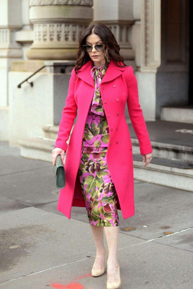Catherine Zeta Jones: Leaving her apartment in New York City -03