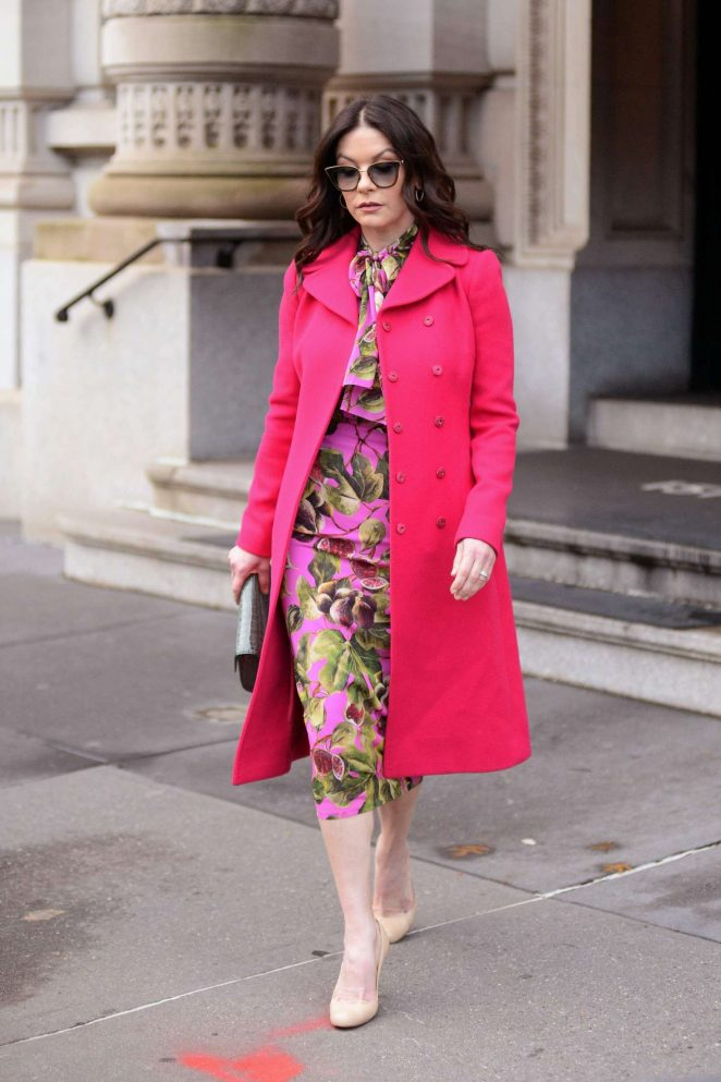 Catherine Zeta Jones: Leaving her apartment in New York City -08