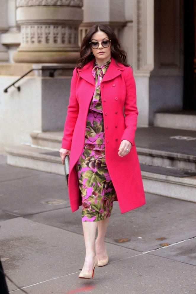 Catherine Zeta Jones: Leaving her apartment in New York City -09