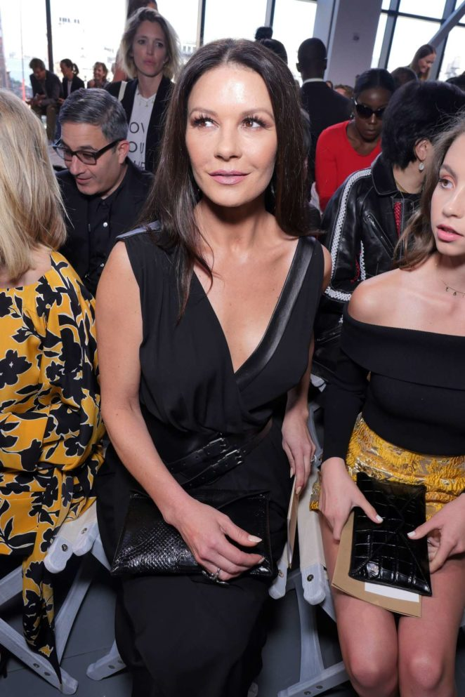Catherine Zeta-Jones - Michael Kors show - Spring Summer 2018 - 2017 New York Fashion Week