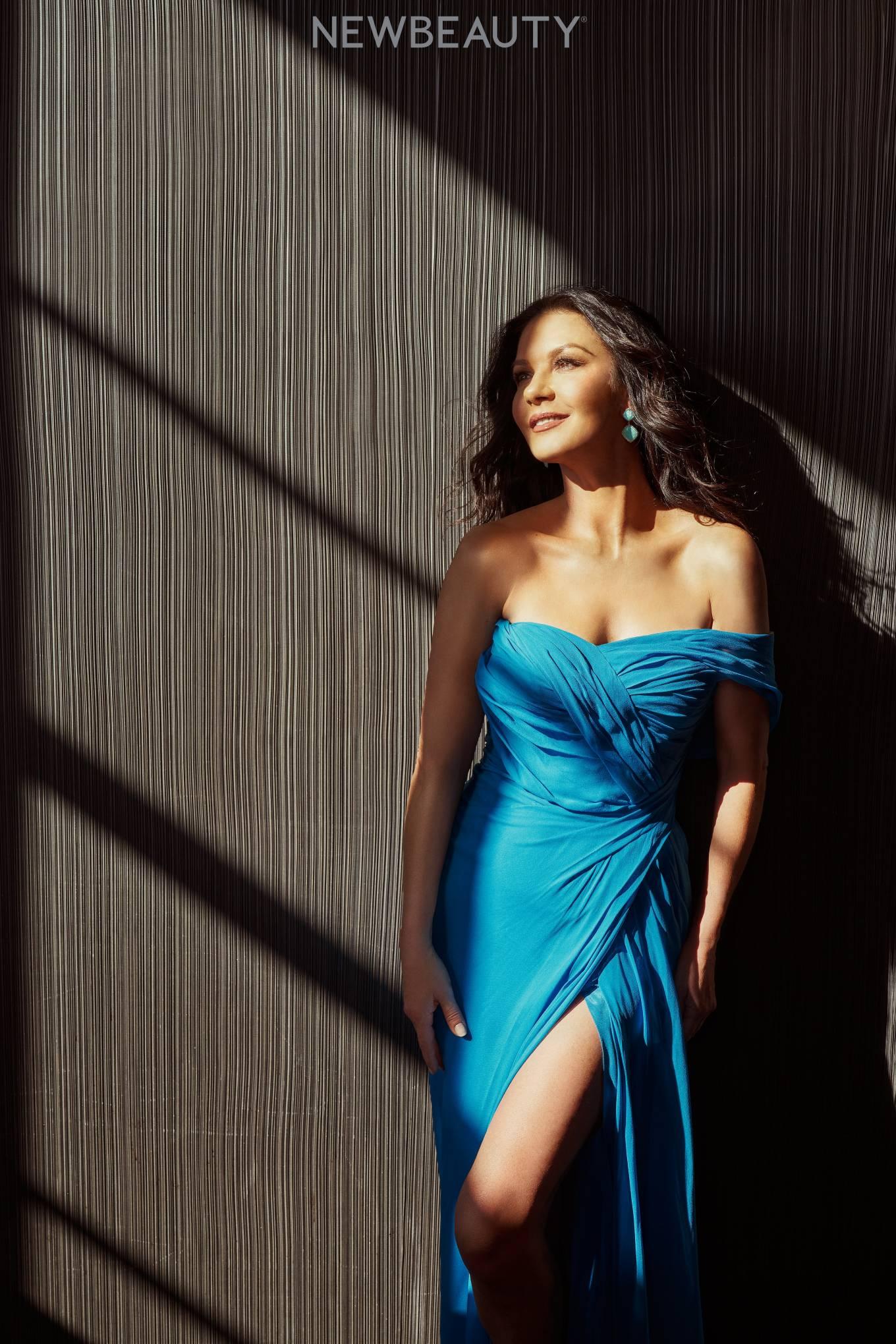 Catherine Zeta 2021 : Catherine Zeta-Jones – New Beauty magazine – March 2021-03