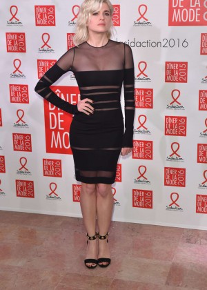 Cecile Cassel - Sidaction Gala Dinner 2016 in Paris