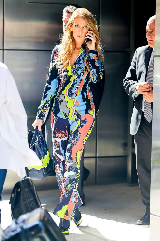 Celine Dion - Leaves her hotel in Manhattan