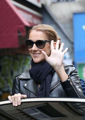 celine sunglasses paris 1yz5  Celine Dion: Leaves her hotel in Paris