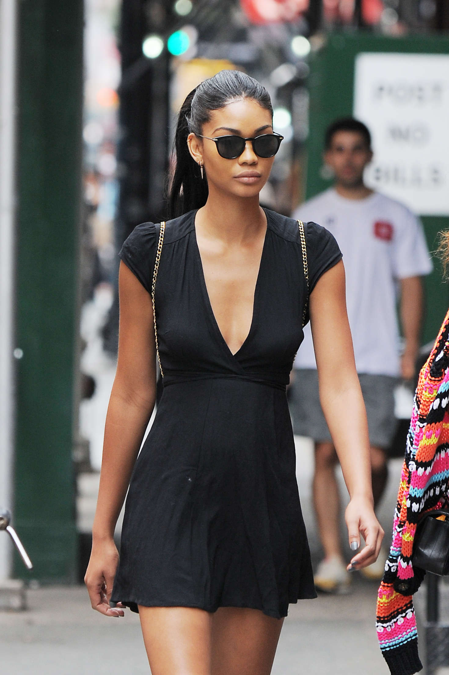 chanel iman in black mini dress out in nyc  u2013 gotceleb