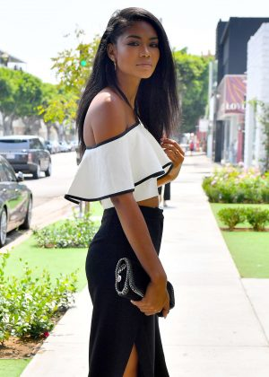 Chanel iman - Leaves a restaurant in West Hollywood