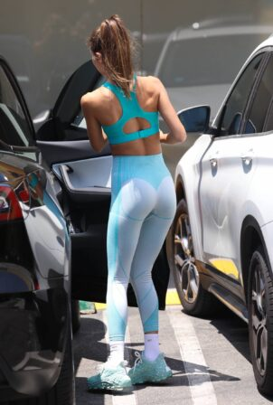 Chantel Jeffries - In yoga outfit seen after hitting the gym in Los Angeles