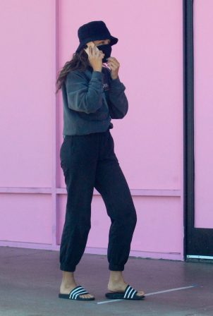 Chantel Jeffries - Out for a walk in West Hollywood