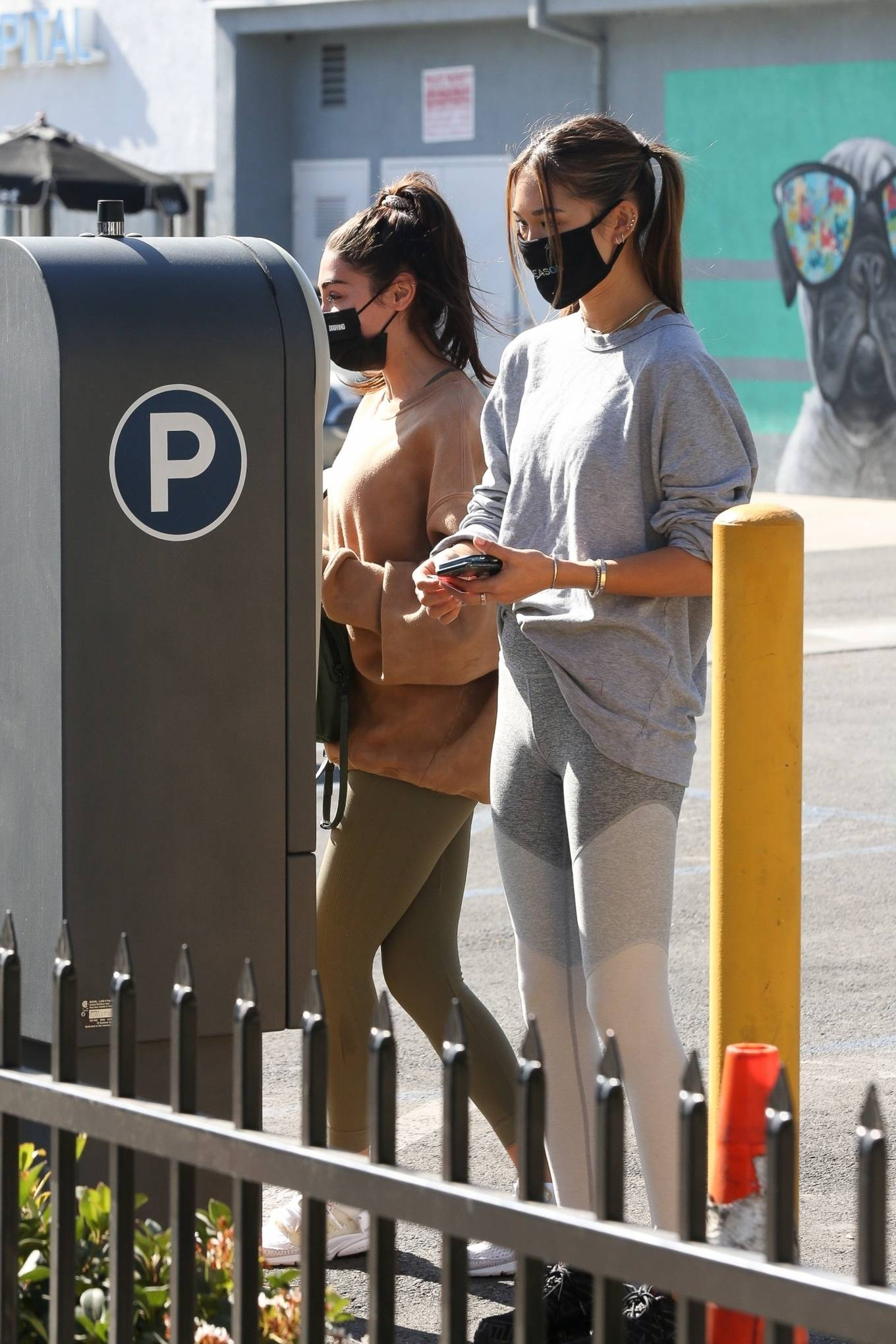 Chantel Jeffries 2020 : Chantel Jeffries – seen at Dogpound with a friend in Los Angeles-15