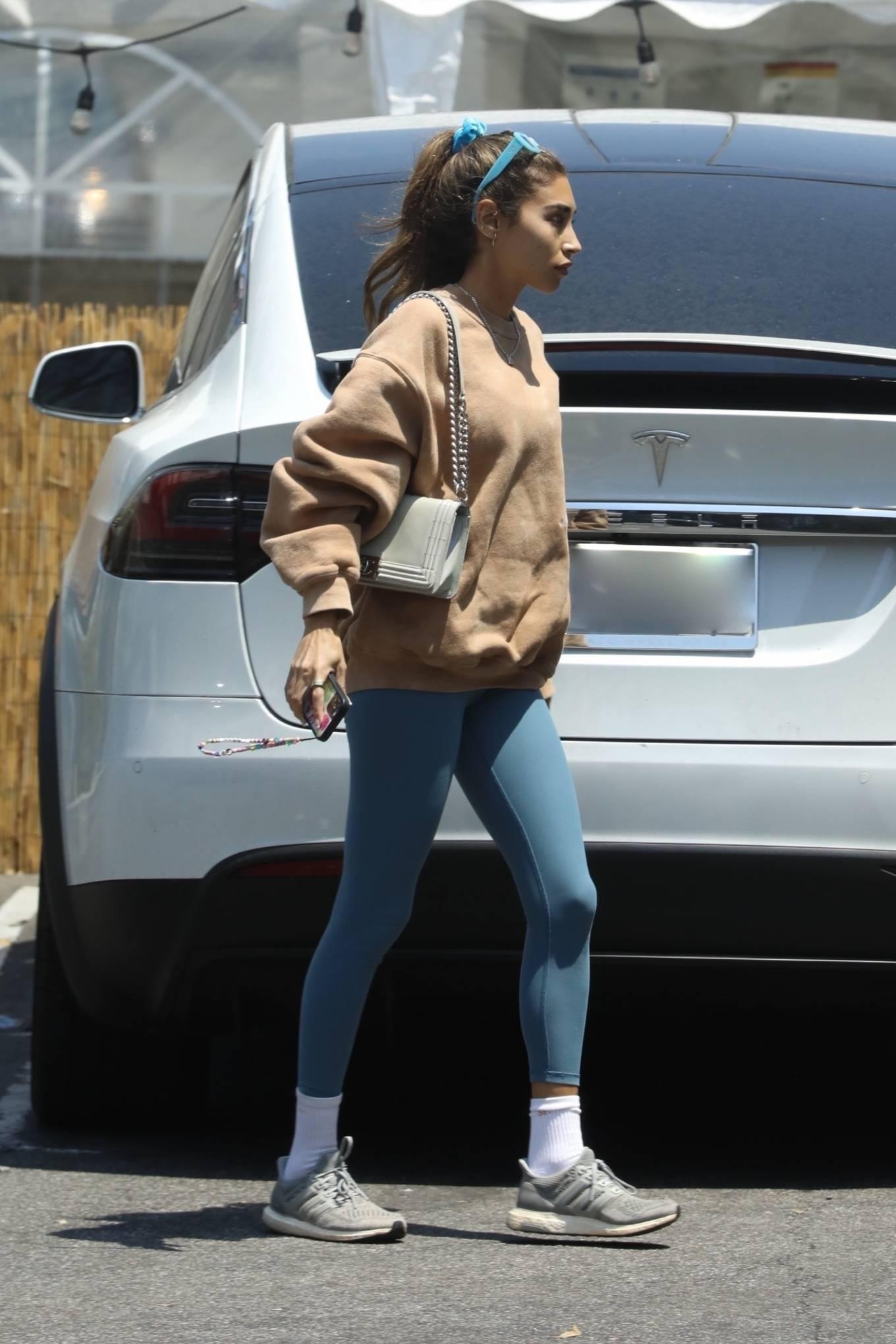 Chantel Jeffries 2021 : Chantel Jeffries – Shopping in Los Angeles-01