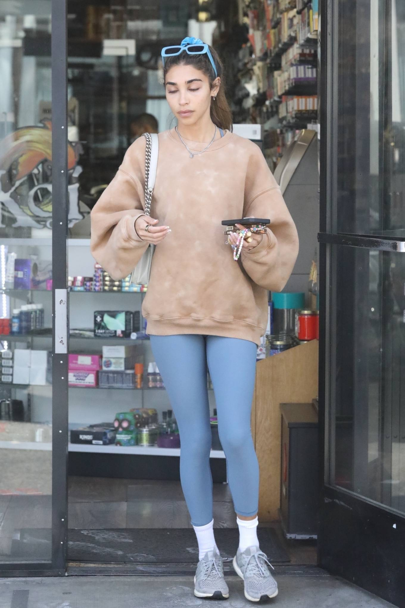 Chantel Jeffries 2021 : Chantel Jeffries – Shopping in Los Angeles-03