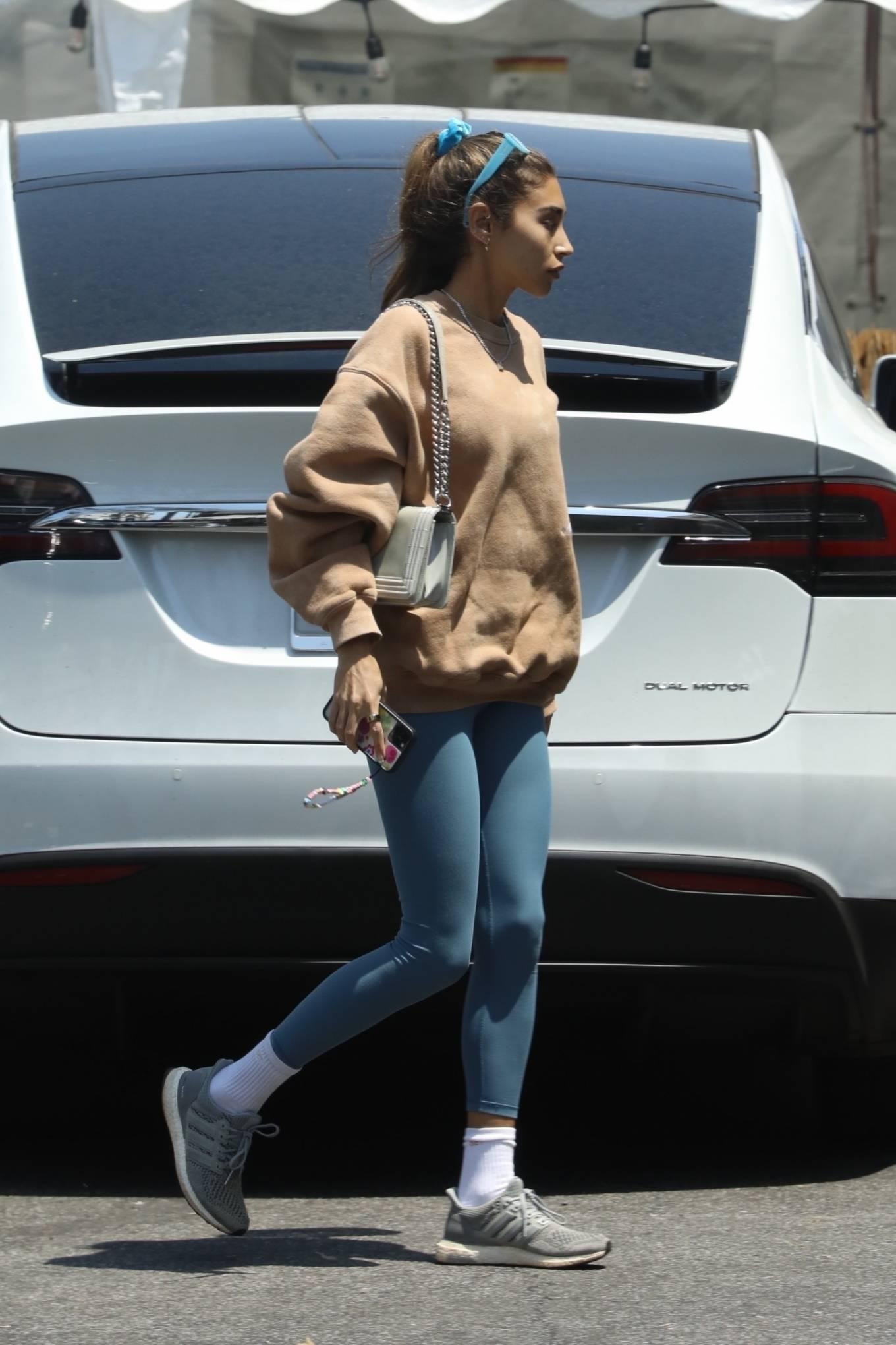Chantel Jeffries 2021 : Chantel Jeffries – Shopping in Los Angeles-12