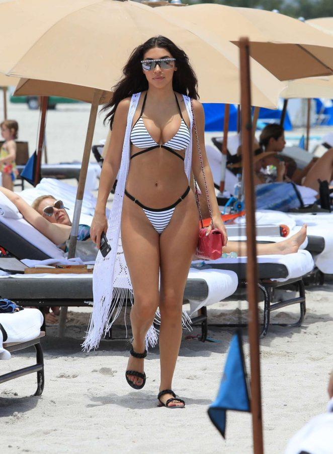 Chantel Jeffries 2017 : Chantel Jeffries: Showing off her bikini body in Miami Beach-18