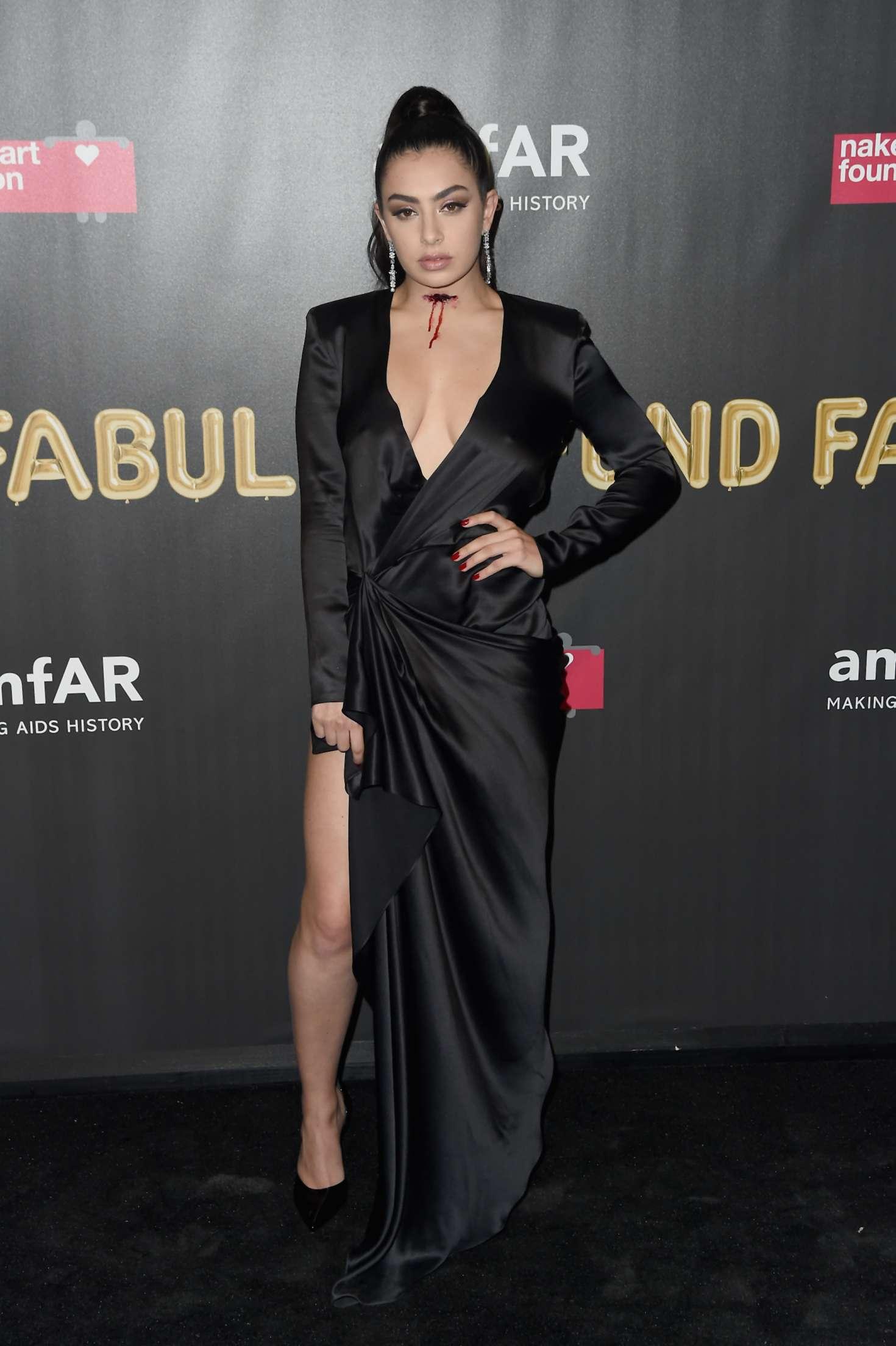 Charli XCX 2017 : Charli XCX: 2017 amfAR Fabulous Fund Fair -03