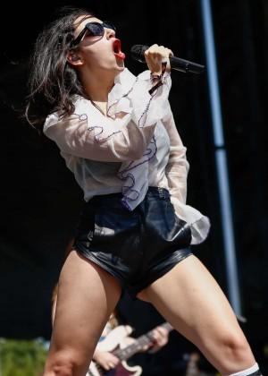 Charli XCX: Performance at 2015 Lollapalooza -17