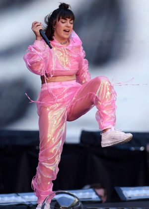 Charli XCX - Performs at Taylor Swift's 'Reputation' Tour in London