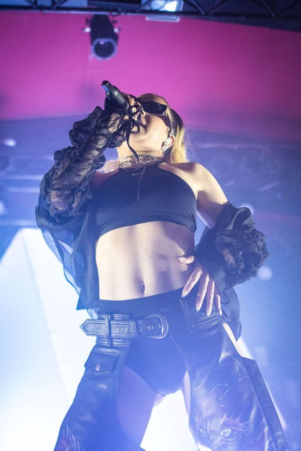 Charli XCX - Performs live in concert at Astra in Berlin