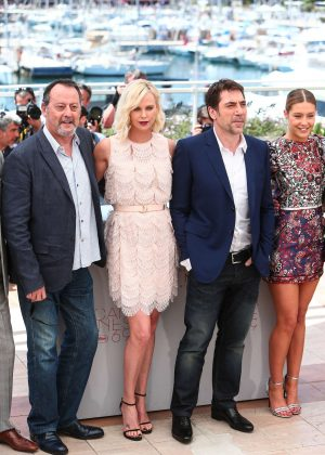 Charlize Theron and Adele Exarchopoulos - 'The Last Face' Photocall at 2016 Cannes Film Festival