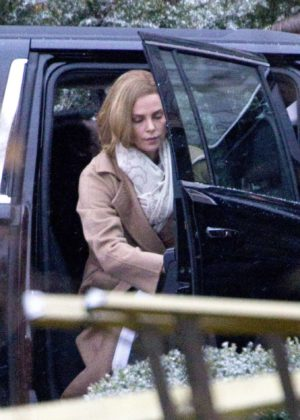 Charlize Theron - Arriving to the set of 'Flarsky' in Montreal