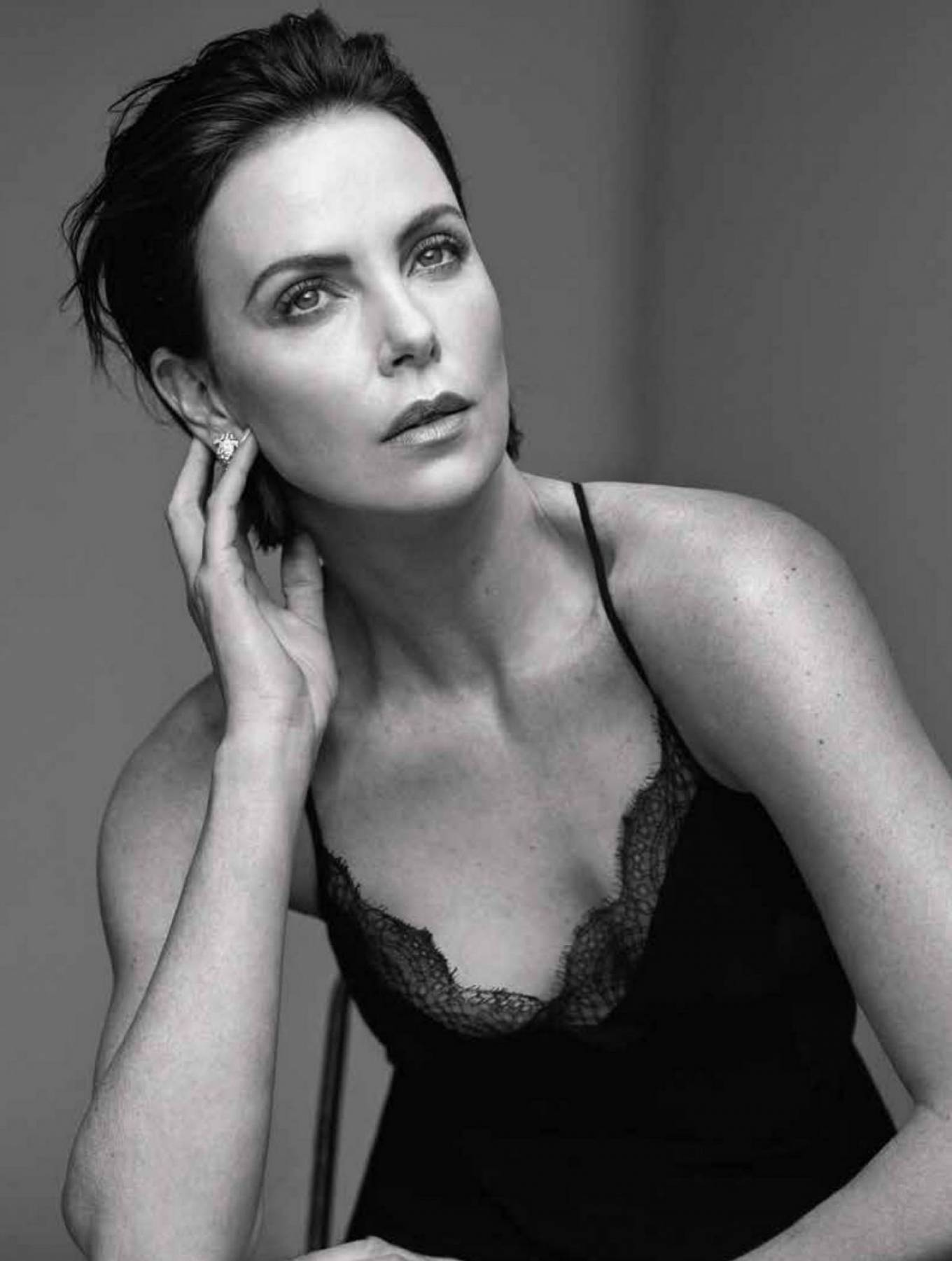 Charlize Theron 2020 : Charlize Theron – Gentlemens Watch Magazine (July 2020 issue)-06