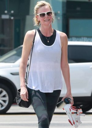 Charlize Theron - Heads at SoulCycle in West Hollywood