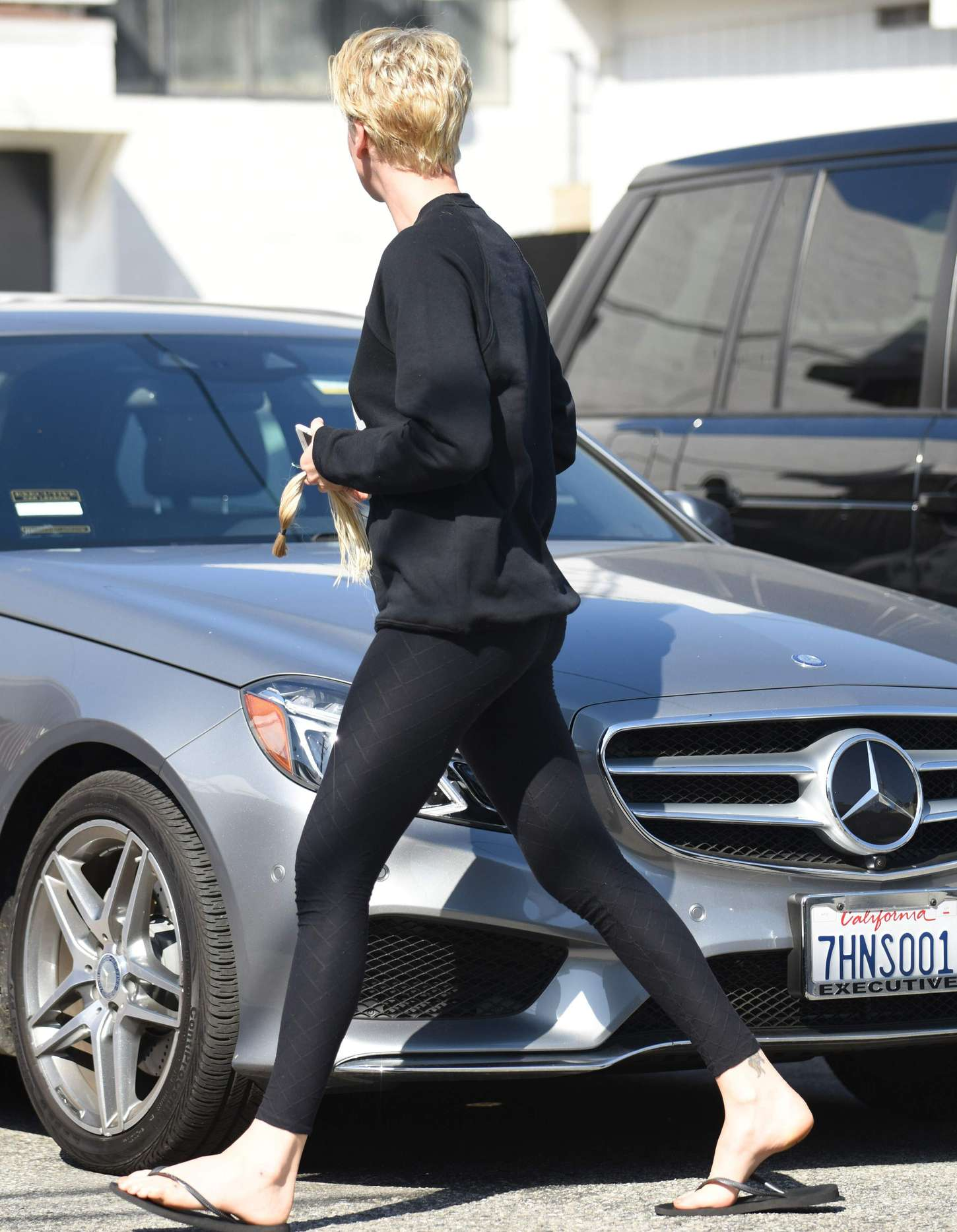Charlize Theron In Spandex 07 Gotceleb