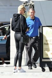 Charlize Theron - Leaving lunch at Sugarfish in Los Angeles