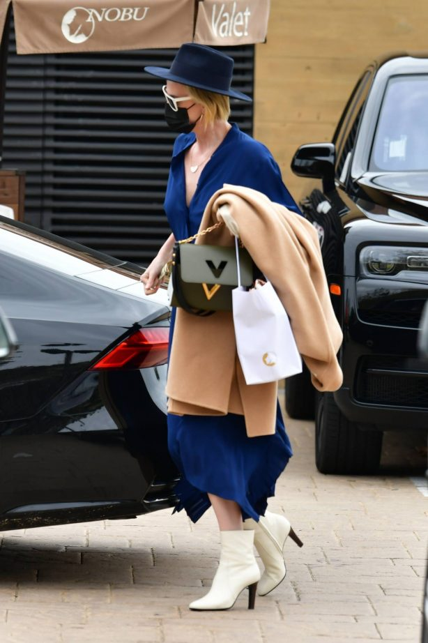 Charlize Theron - Looks chic at Nobu after lunch in Malibu