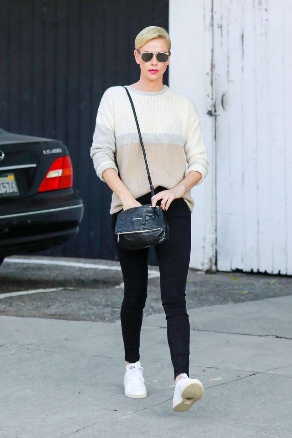 Charlize Theron 2020 : Charlize Theron – Makes a solo trip to a furniture store in Los Angeles-03