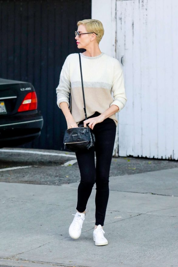 Charlize Theron 2020 : Charlize Theron – Makes a solo trip to a furniture store in Los Angeles-04