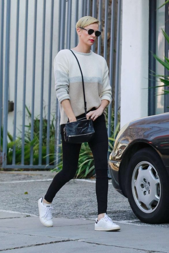 Charlize Theron 2020 : Charlize Theron – Makes a solo trip to a furniture store in Los Angeles-10